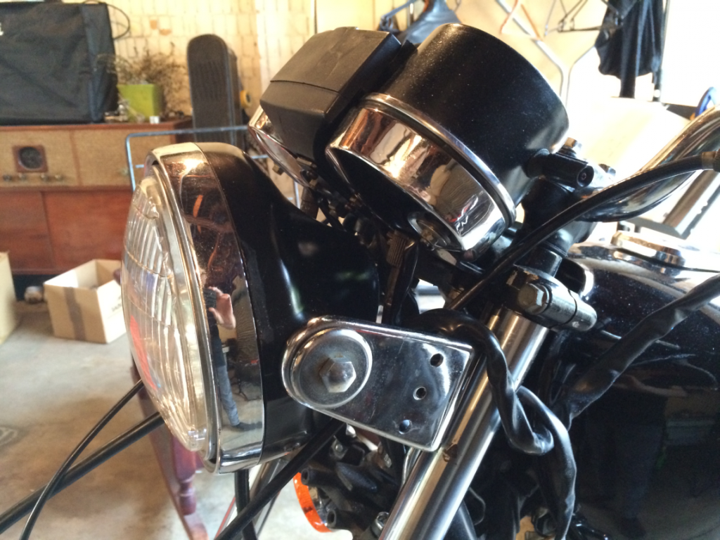 The Stock KZ250 Instruments/Controls Setup