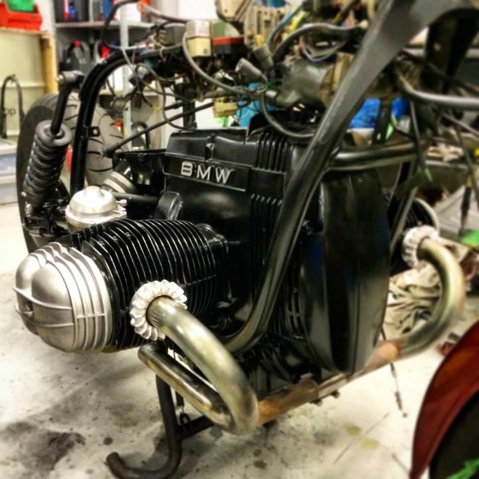 Headers, Carburetors & Rocker Covers On